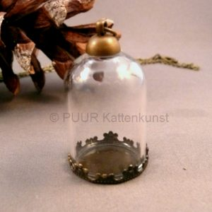 Glazen stolp brons